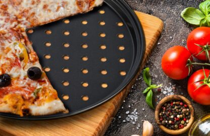 PERFORATED PIZZA TRAY 28 X 1.4 CM