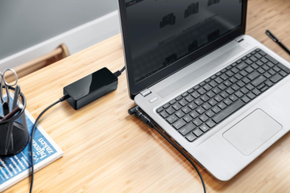 Trust Primo 70W Universal Laptop Charger