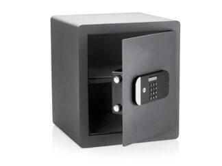 YALE SAFE BOX FOR MAXIMUM SECURITY